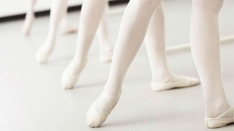 Mitos yang beredar dalam tarian balet